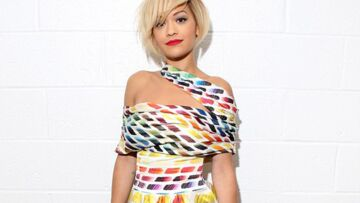Coiffure de star: le carré punk de Rita Ora