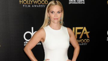 Reese Withers­poon, appa­ri­tion virgi­nale aux Holly­wood Film Awards