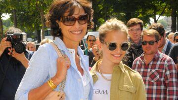 Photos – Inès de la Fressange, Demi Moore, mères et filles aux défilés