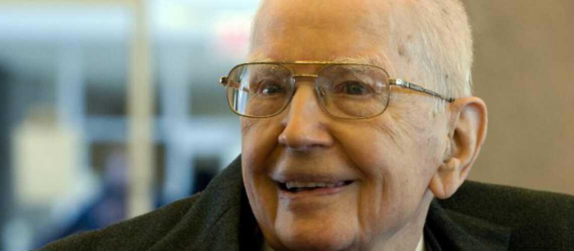 Mort de Ronald Coase, prix Nobel d'économie