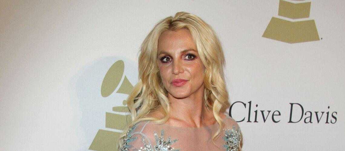 PHOTOS – Britney Spears joue le jeu du «lundi sans maquillage»