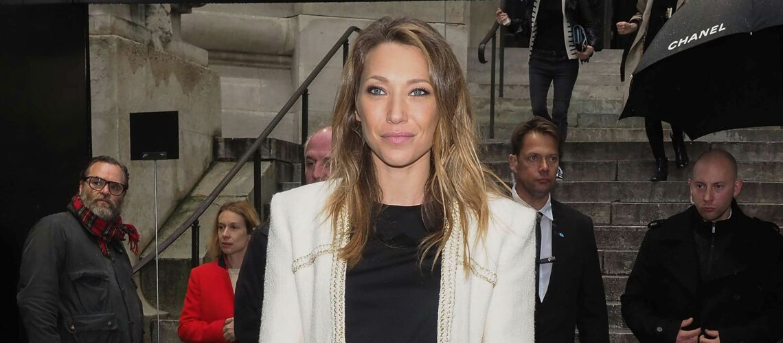 PHOTOS – Laura Smet au défilé Chanel: première sortie publique depuis la triste nouvelle familiale