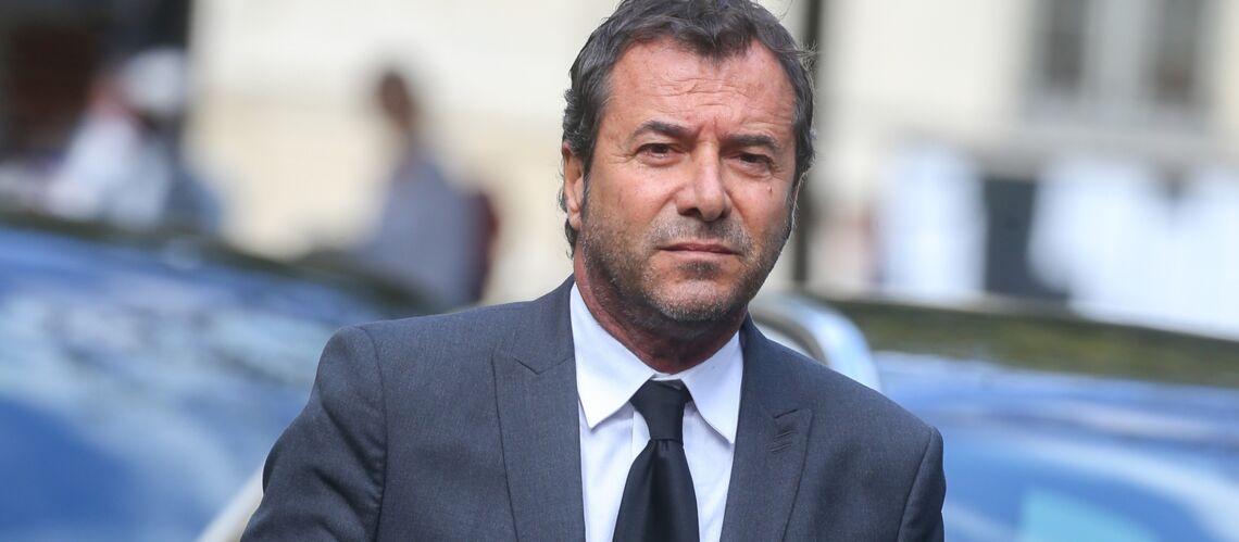 Pris de «tremblements» aux obsèques de sa femme Mireille Darc, Pascal Desprez a failli défaillir, témoigne son ami Bernard Montiel