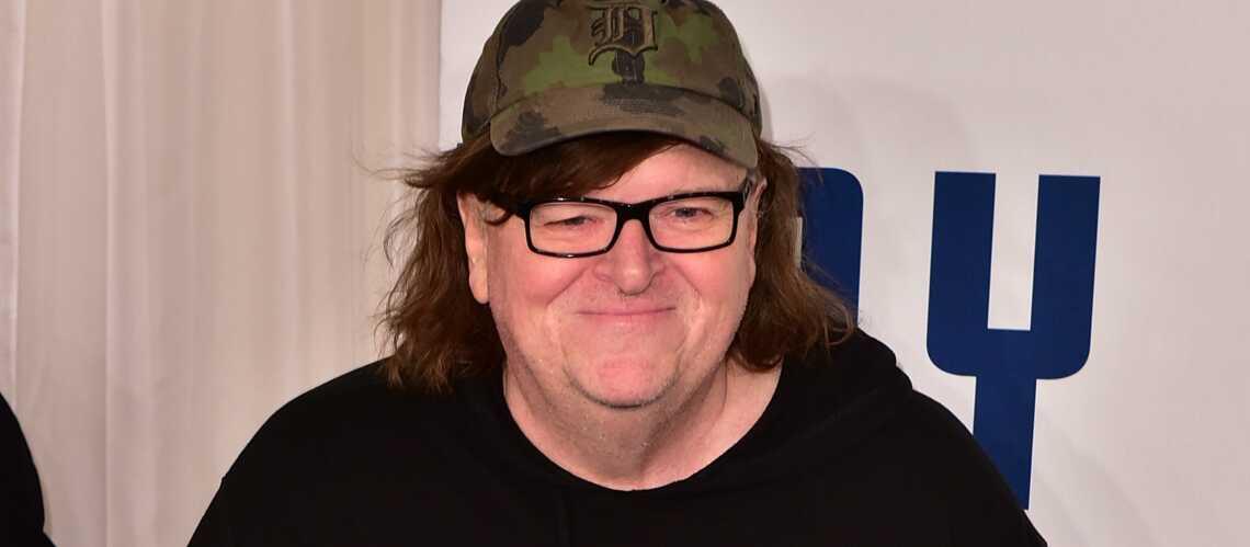 Michael Moore hospitalisé à New York pour une pneumonie