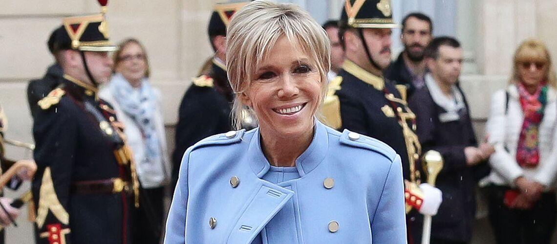 VIDEO – Brigitte Macron: la Première dame reçoit la princesse du Danemark à l'Elysée