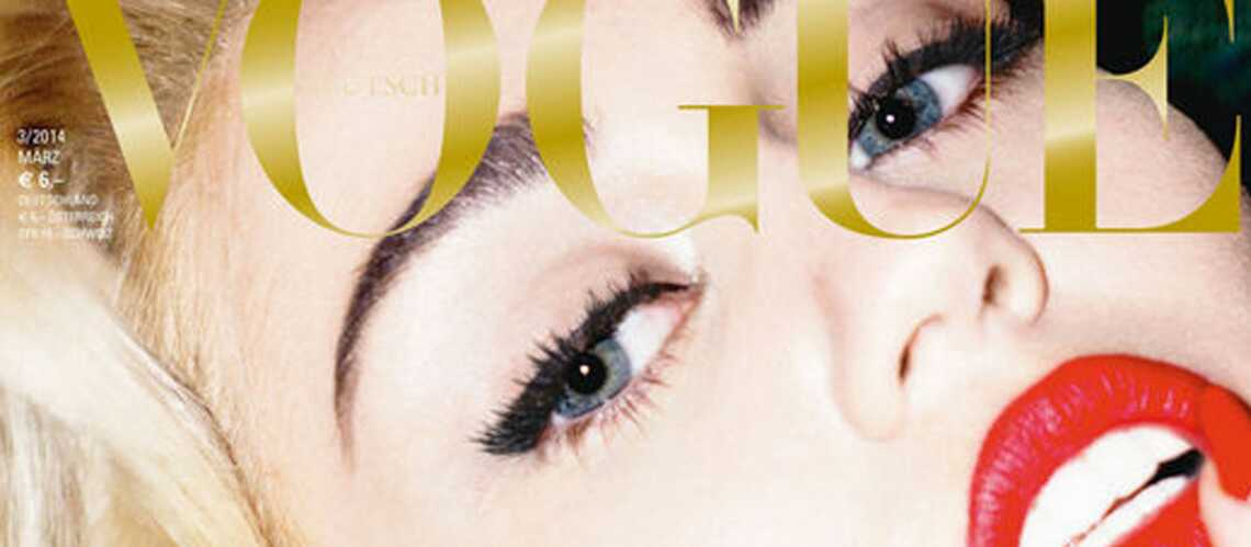 Miley Cyrus topless pour le Vogue Alle­mand