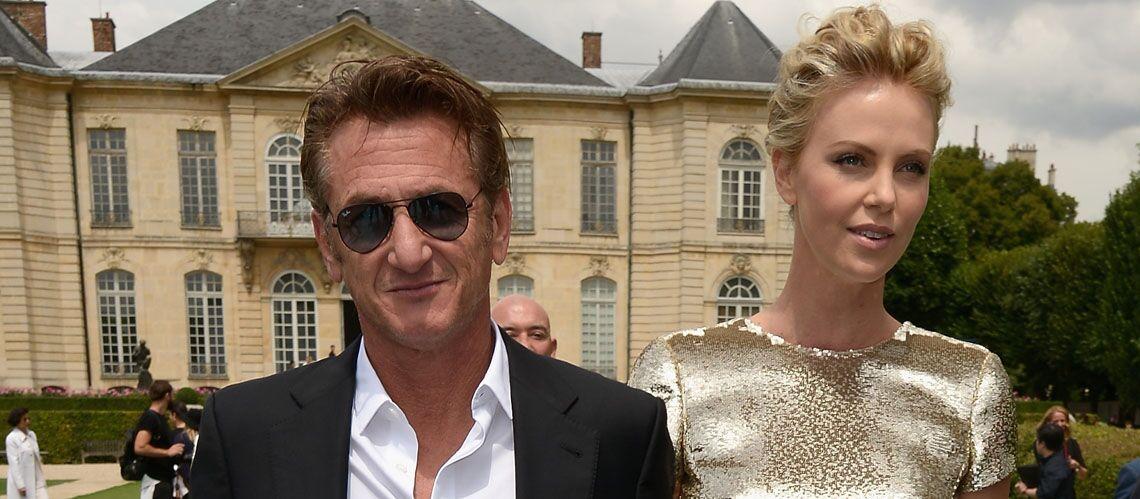 Charlize Theron et Sean Penn, couple star à la semaine de la Haute Couture