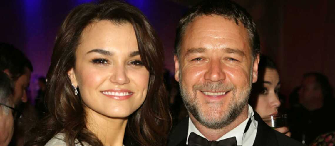 Russell Crowe cougar au mascu­lin