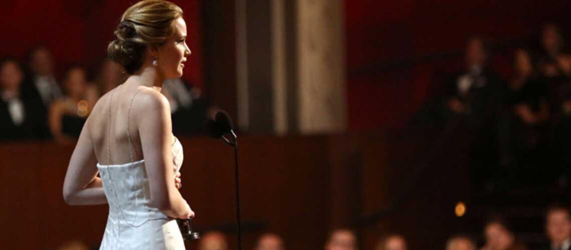 Jennifer Lawrence, les dessous de sa chute aux Oscars