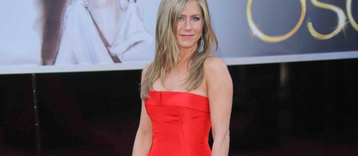 Jennifer Aniston, une mariée en Valentino?