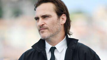 Joaquin Phoenix: le drame de sa vie, la mort dans ses bras de son frère River Phoenix