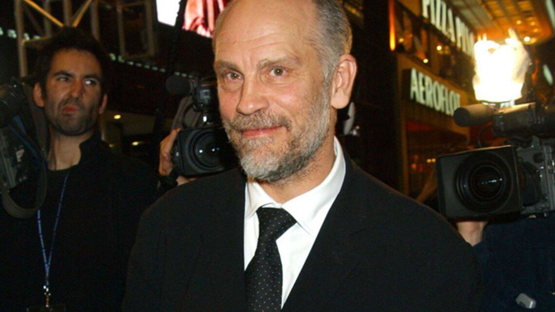 Gala by night: John Malkovich ouvre son concept store parisien