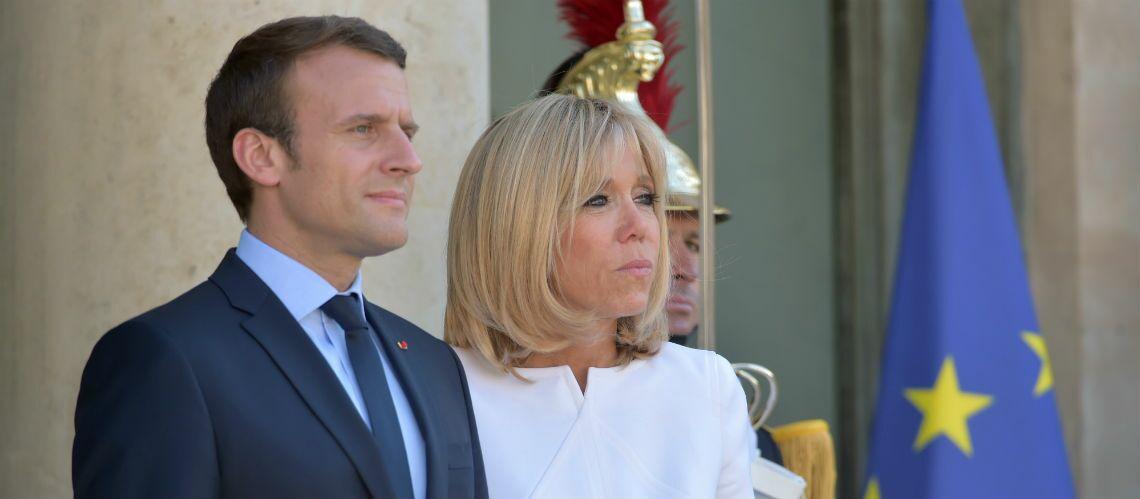 PHOTOS – Brigitte Macron au côté de son mari à l'Élysée: la Première Dame prend son rôle à cœur