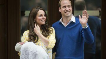 D'où vient le petit bonnet tricoté de Princesse Charlotte?
