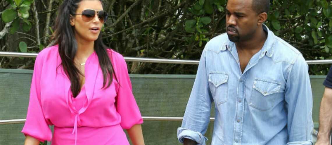 Kim Kardashian, la bague au doigt