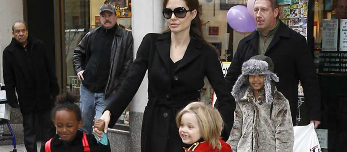 Angelina Jolie rhabille Zahara