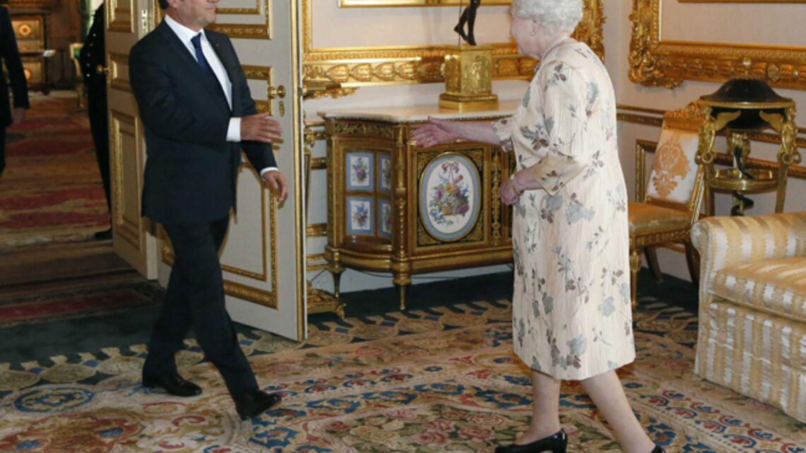 Vidéo – Chronique du Gotha: Première rencontre entre Elizabeth II et François Hollande