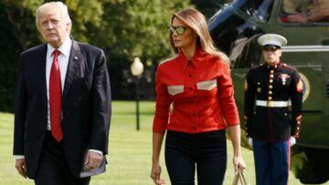 PHOTOS – Melania Trump évite la polémique  en troquant ses escarpins contre des chaussures plates