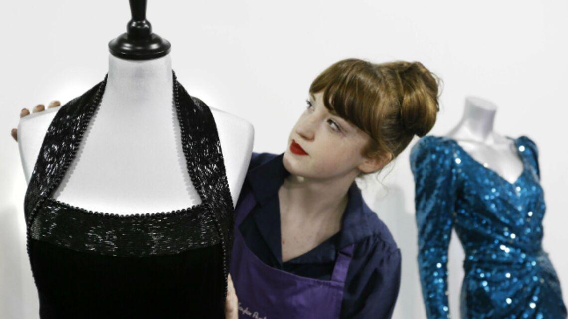 Vidéo – Chronique du Gotha: La saga des robes de Diana