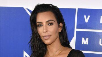 Kim Kardashian accusée d'avoir inventé son agression: elle attaque un site pour diffamation