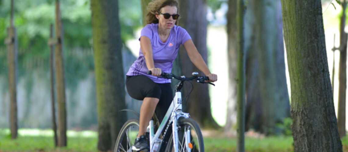 Valérie Trierweiler en vadrouille à vélo