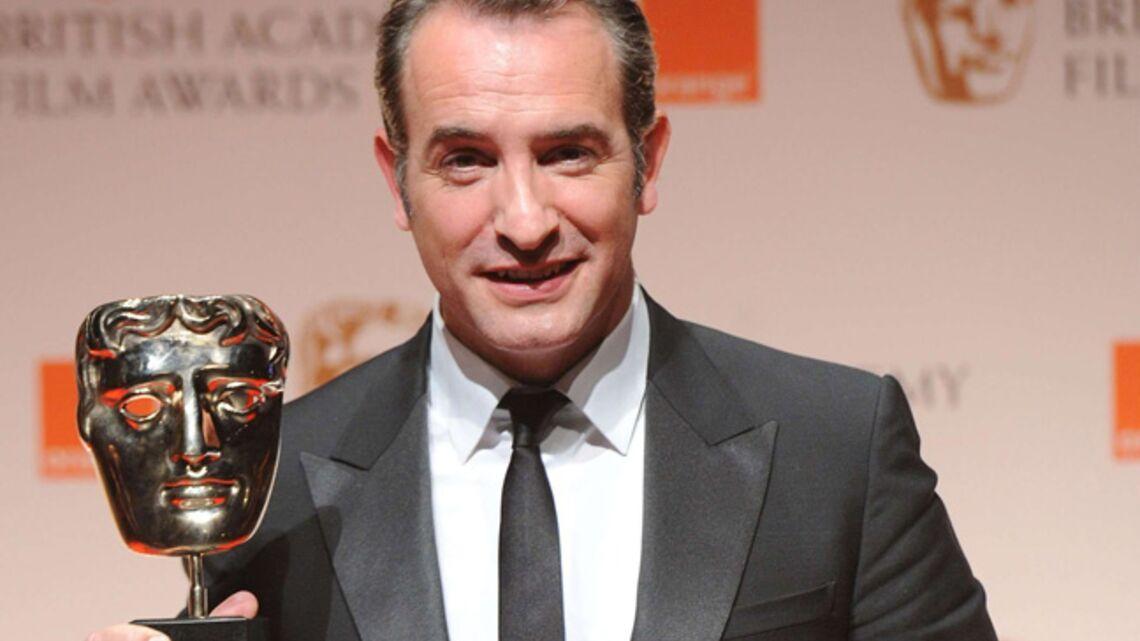 Jean Dujardin séduit les British