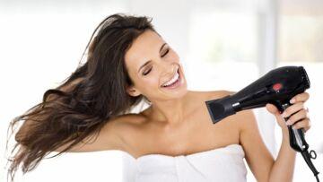 Coiffures: Comment faire son brushing soi-même?