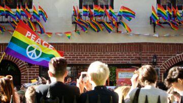 Photos – Tuerie d'Orlando: émotion et veillées en mémoire des victimes