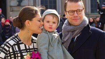 Photos – Estelle de Suède vole la vedette à Victoria