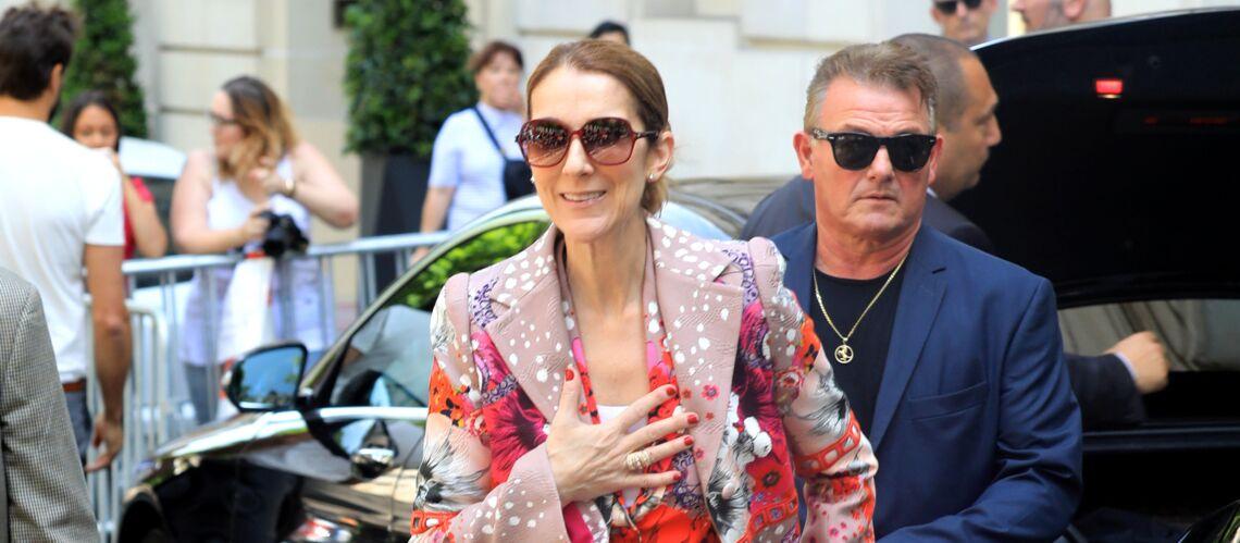 PHOTOS – Céline Dion continue l'originalité et ose le total look fleuri à Paris
