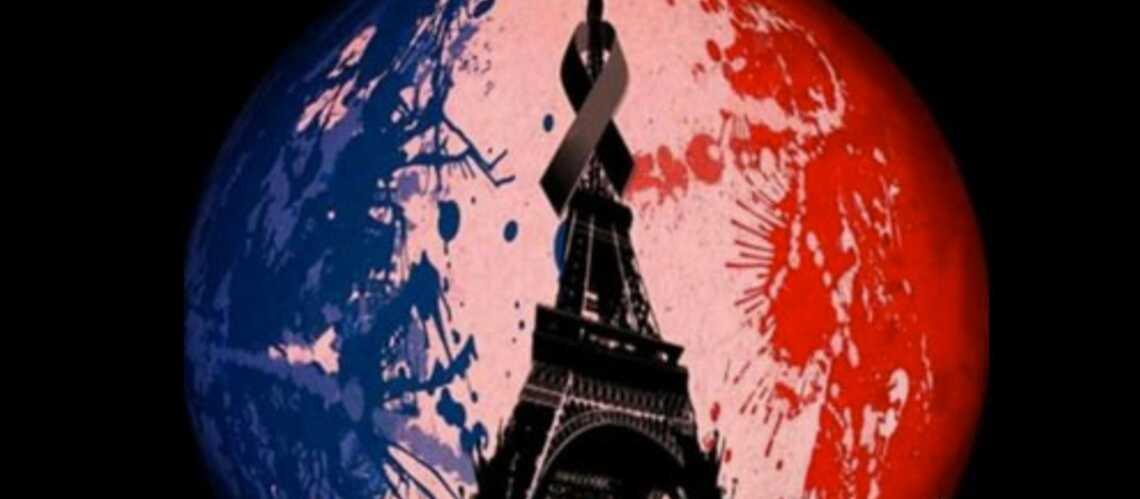 Attentats à Paris: les symboles de l'émotion