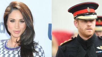PHOTOS  – Le prince Harry embrasse Meghan Markle en public, la reine tique