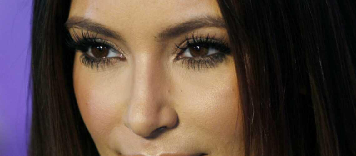 Kim Kardashian gagne 12,5 millions d'euros en 5 minutes grâce à sa ligne KKW Beauty