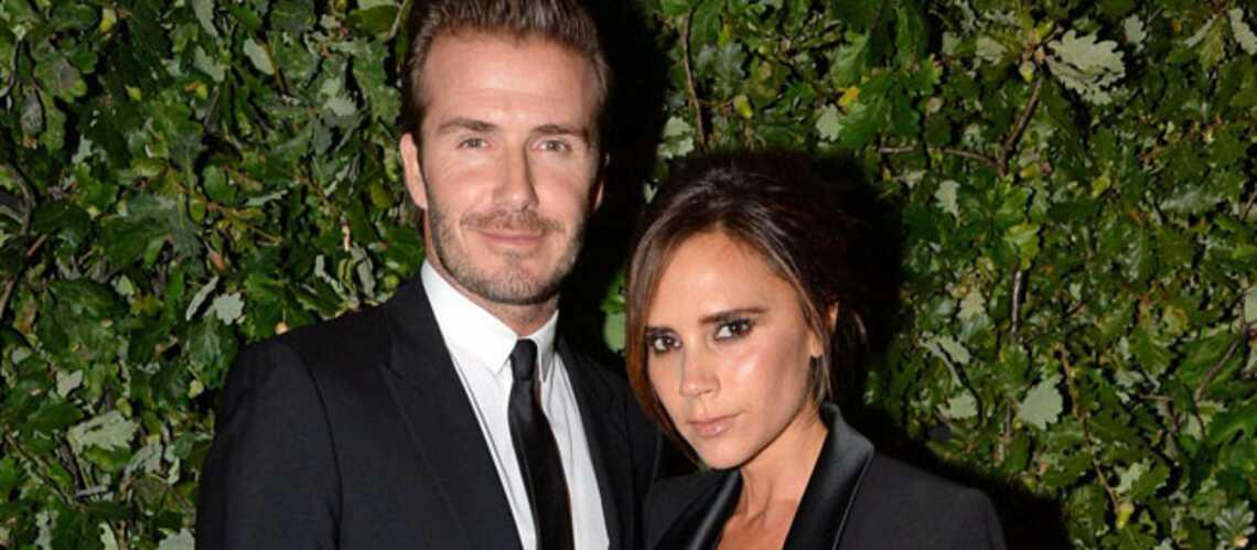 Victoria Beckham se sépare de sa couronne de mariage