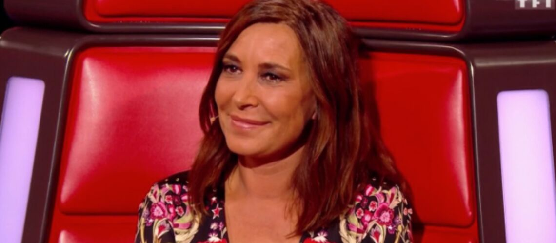 PHOTO – The Voice : le décol­leté de Zazie fait sensa­tion