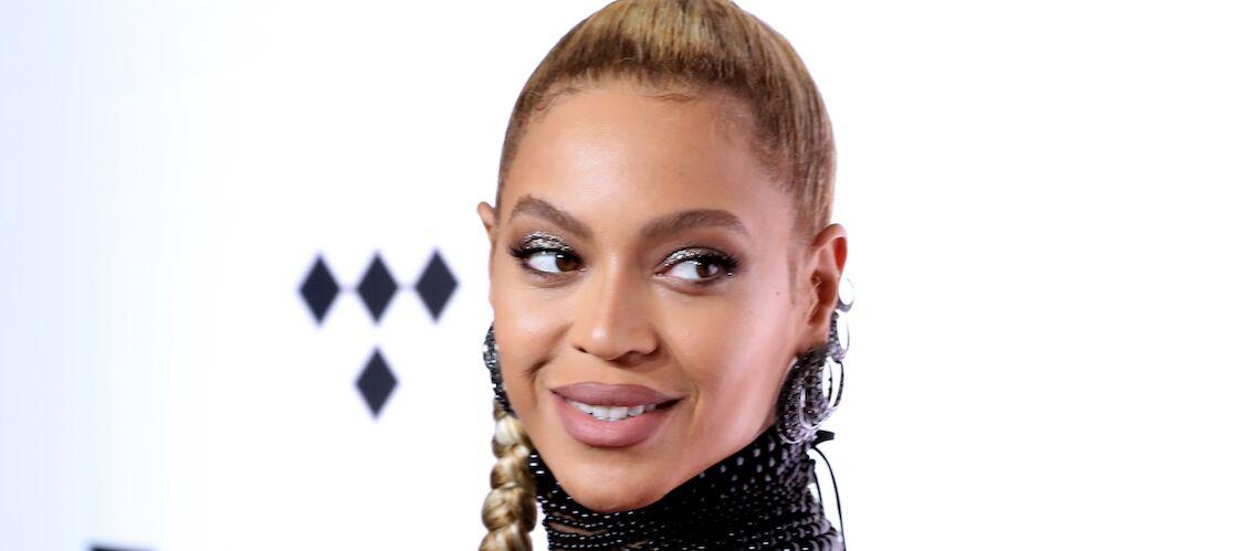 PHOTOS – Beyoncé, sublime pour sa première sortie publique avec Jay-Z depuis la naissance des jumeaux