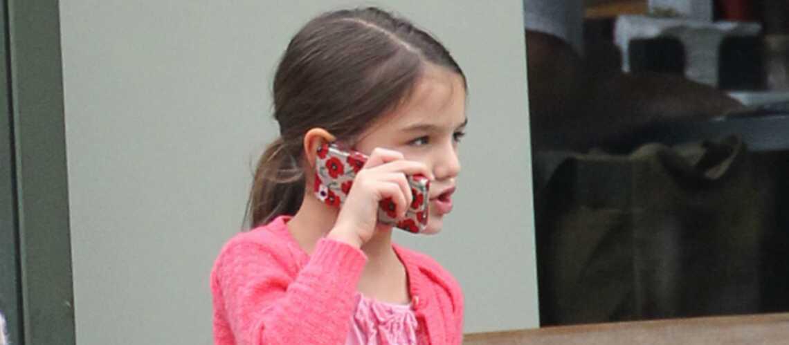 A six ans, Suri Cruise joue déjà à l'adolescente