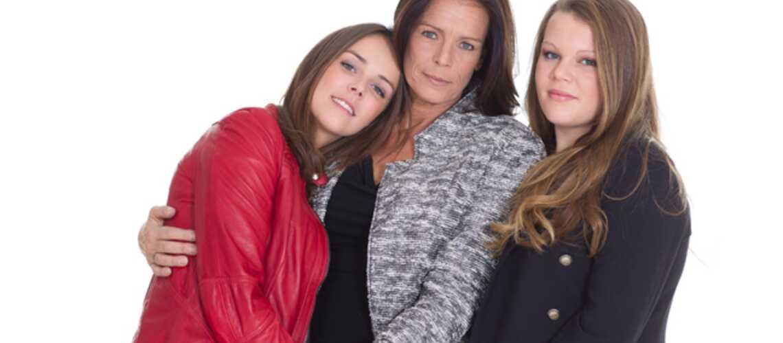 Exclu- Stéphanie de Monaco pose avec ses filles dans Gala