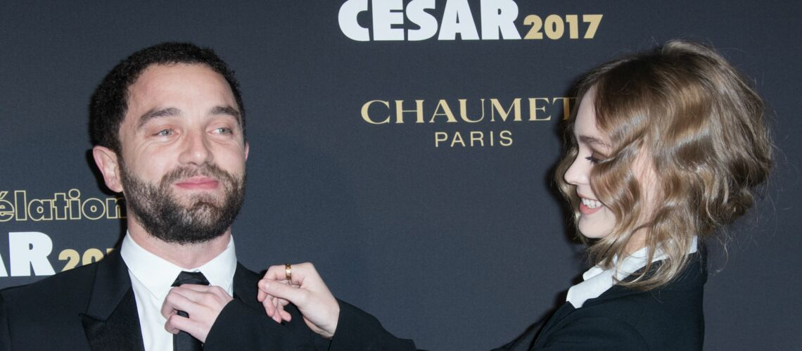 PHOTOS – Lily-Rose Depp dans un look masculin aux révélations des César