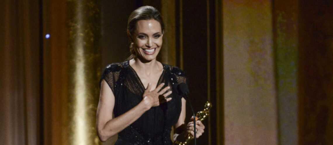 Photos – Angelina Jolie distinguée pour son action humanitaire