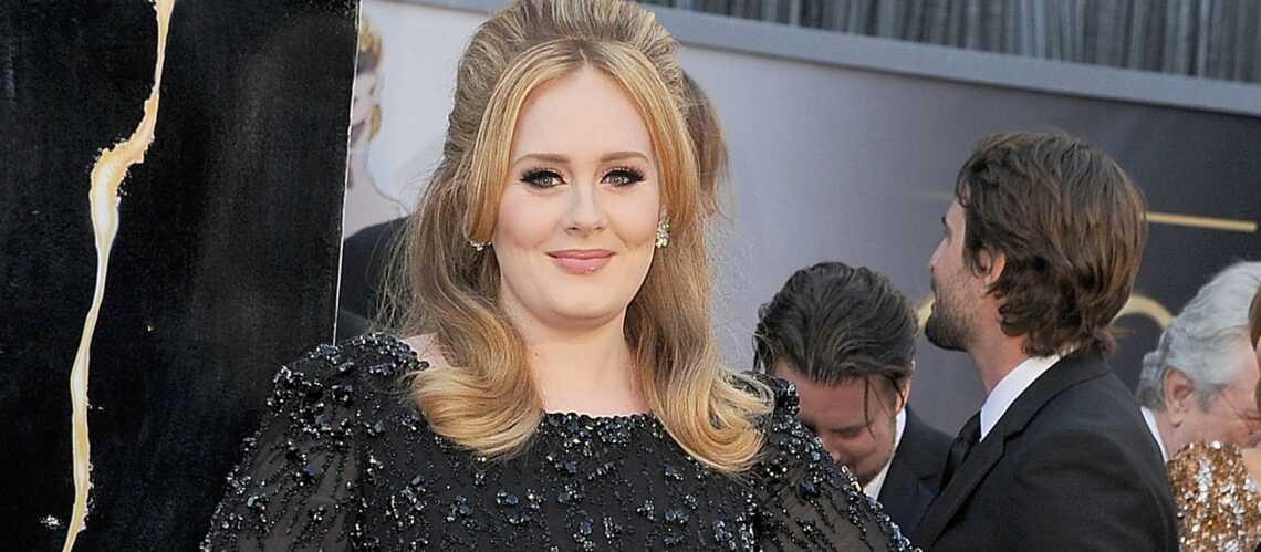 Adele se défile pour le Band Aid 30
