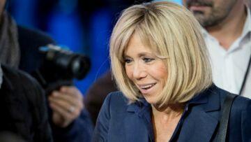 """Brigitte Macron: dans sa première interview de """"première dame"""", elle parle de ses jupes qui font jaser"""