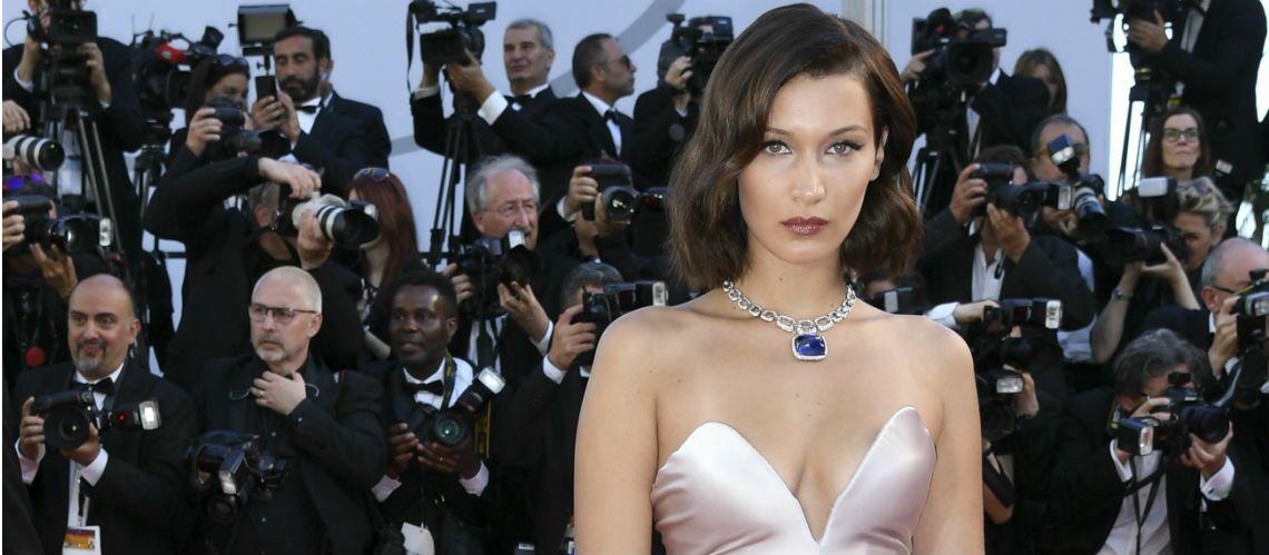 PHOTOS – Cannes 2017:  Les décolletés sexy déjà stars du tapis rouge