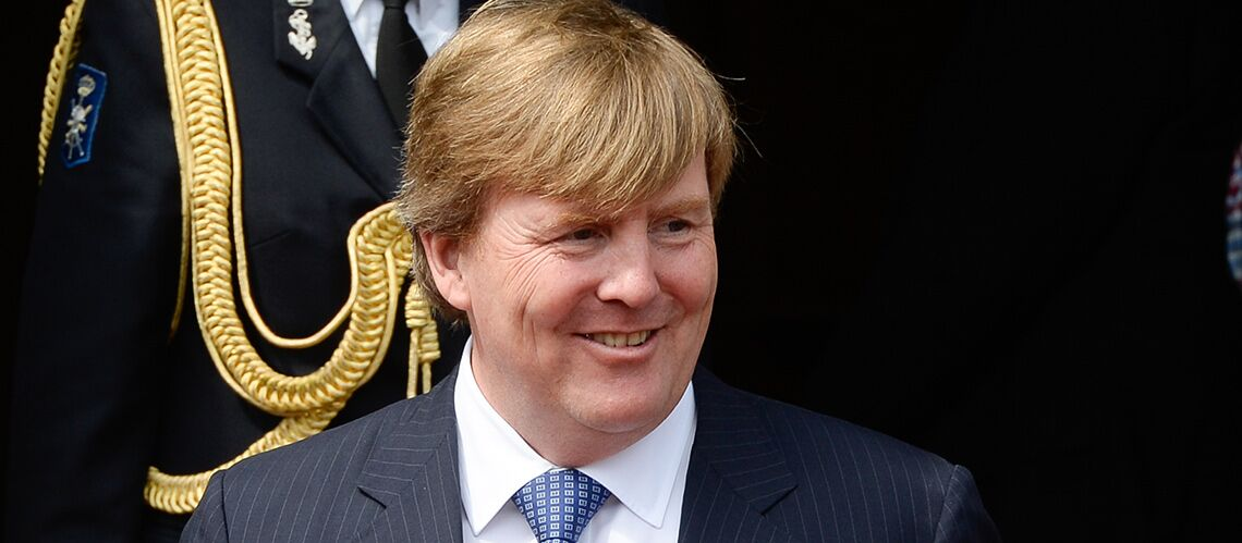 La double vie du roi des Pays Bas… dans les airs