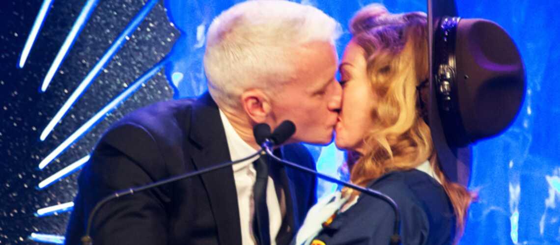 Madonna, le bisou-scout