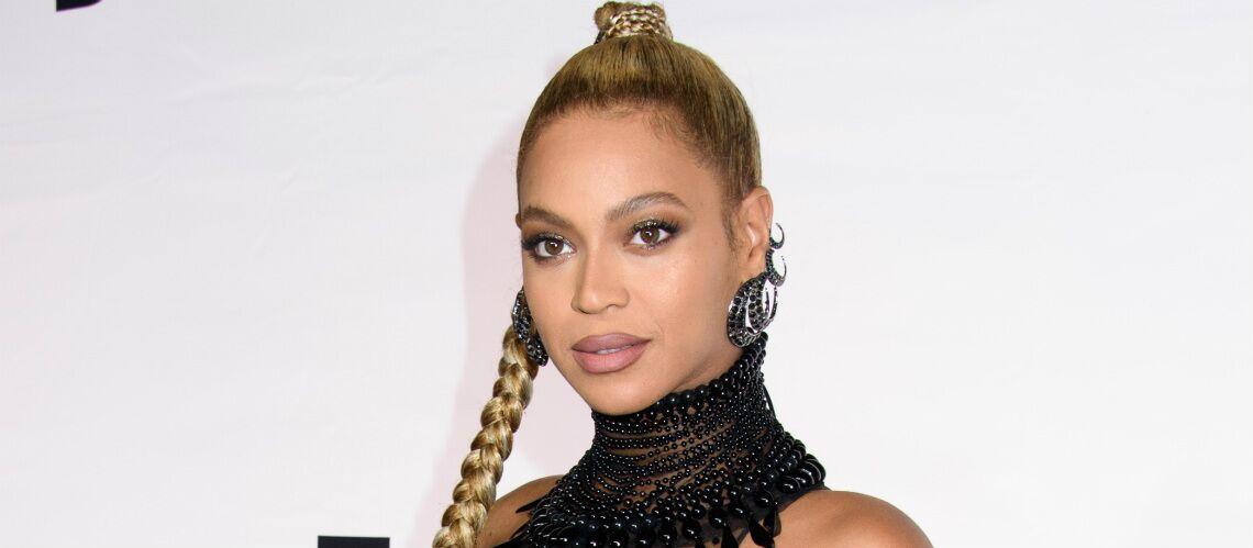 VIDEO – Beyoncé s'offre un décolleté XXL ultra sexy