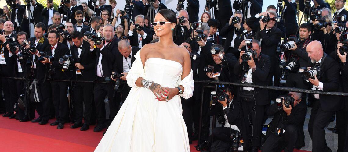 PHOTOS – Cannes 2017: Rihanna éblouit dans une robe bustier et tous les looks de la montée des marches du 19 mai