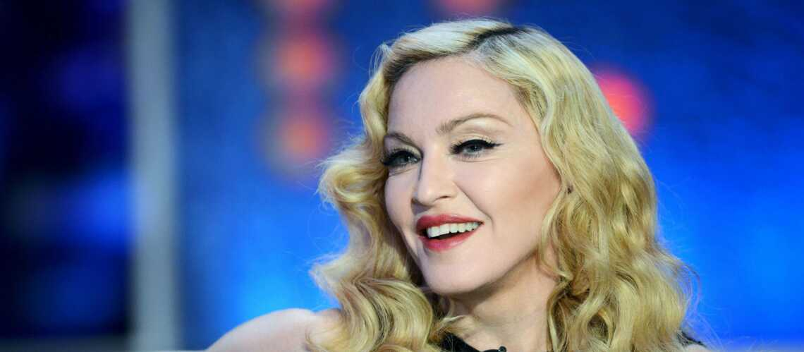 Madonna griffe Dolce & Gabbana