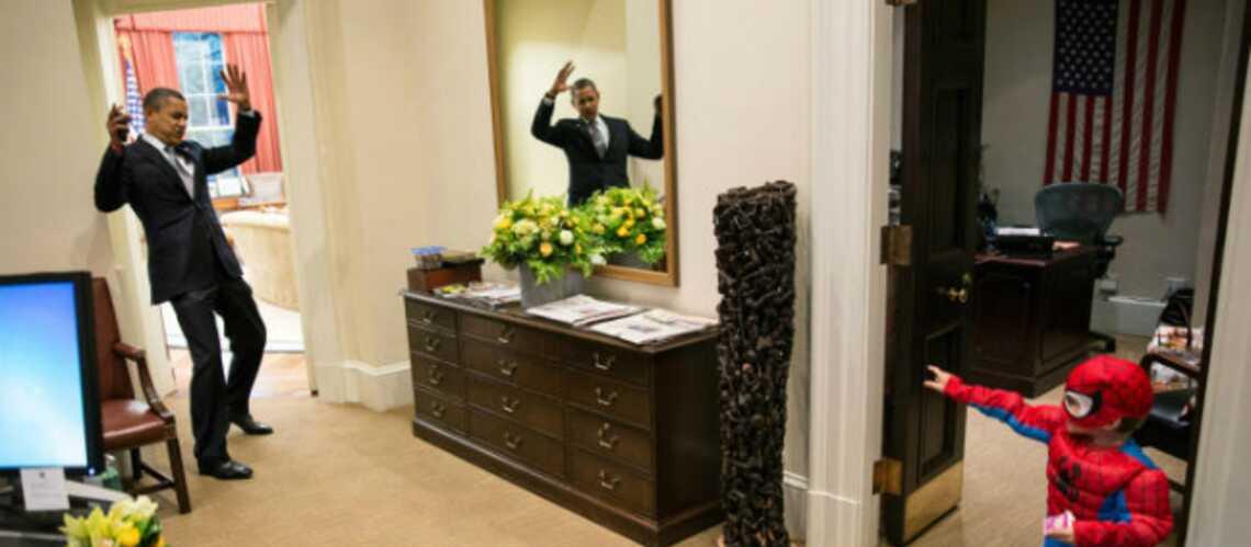 Photo- Barack Obama piégé par Spiderman