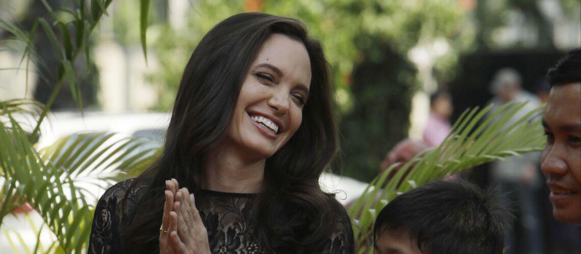 PHOTOS – Angelina Jolie: sublime en dentelle pour sa première sortie officielle depuis son divorce
